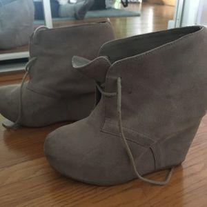 Steve Madden size 8 heels